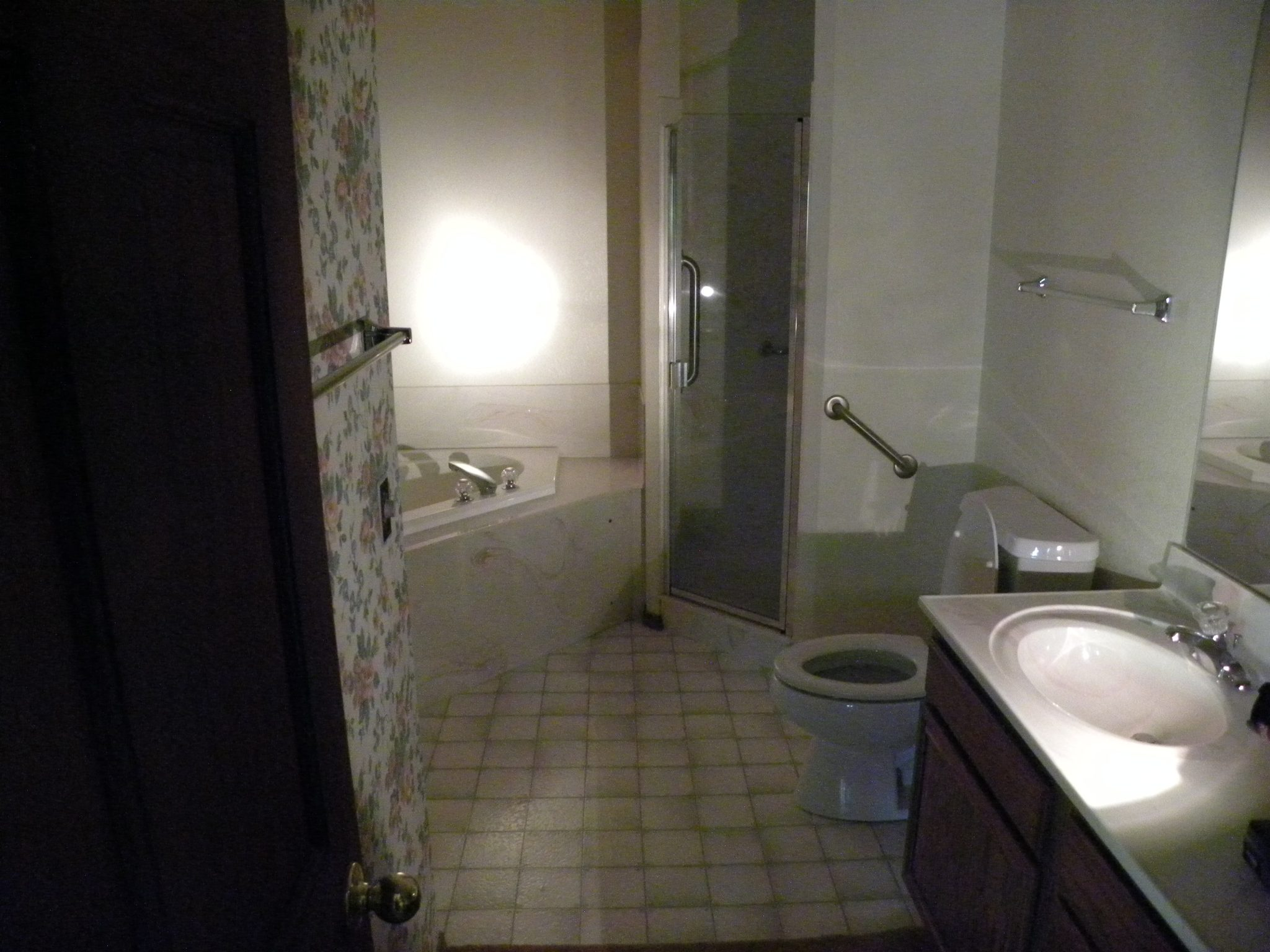 Interior shot of a residential master bathroom ready for renovations